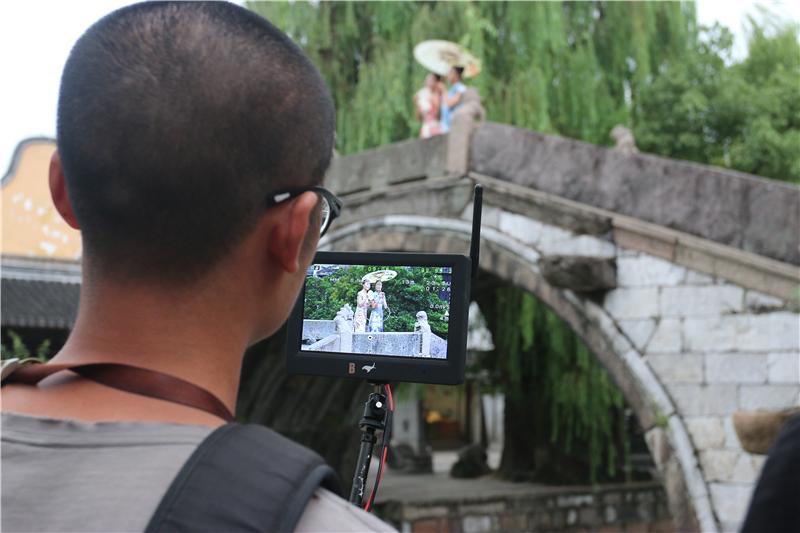 央视大型纪录片《航拍中国》在南浔古镇取景拍摄